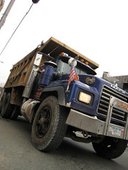 mack truck photo