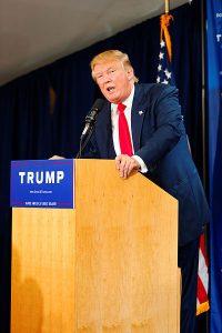 Donald_Trump_Laconia_Rally,_Laconia,_NH_4_by_Michael_Vadon_July_16_2015_14