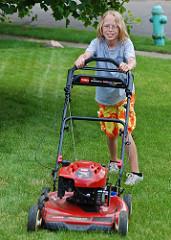 mow lawn photo