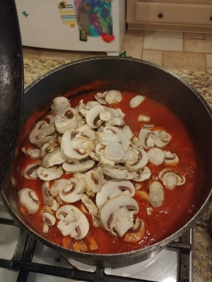How To: Make A Simple Red Sauce