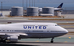 united airlines photo
